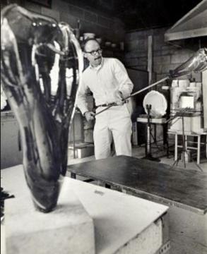 Glass artist Harvey Littleton - small